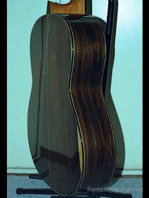 パコ・デ・ルシアギター 2001 側面